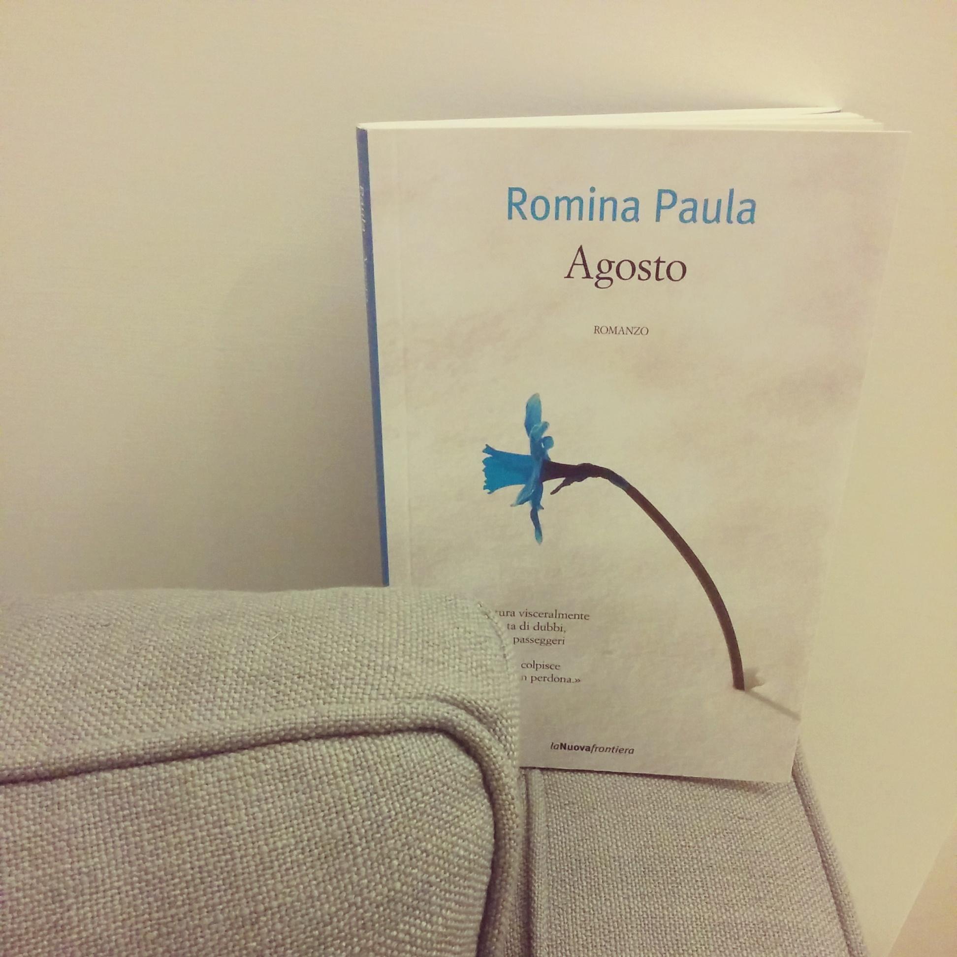 Agosto di Romina Paula